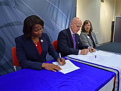 hacc_shippensburg_university_articulation_agreement_signing