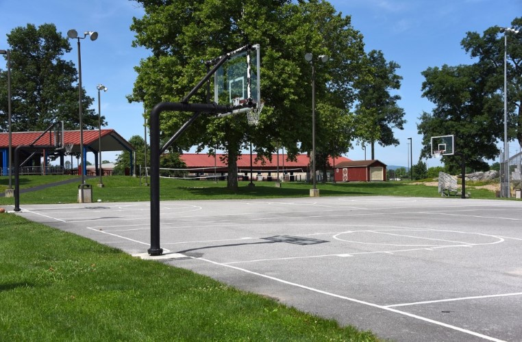 BasketballCourts.Lined.RecFields.color.78.jpg